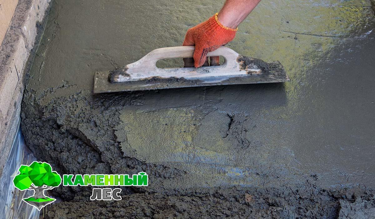 заливка микрощепой с цементом пустот в перекрытиях
